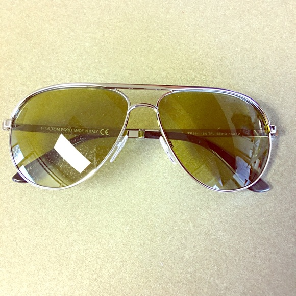 6211602bcca14 Tom Ford Marko aviator sunglasses. M 5ae200d4a6e3ea26fd6e564d. Other  Accessories ...